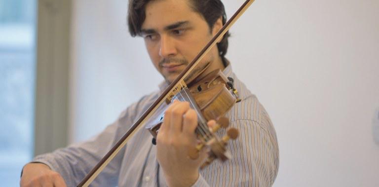 Ciprian Musceleanu violinist.jpg